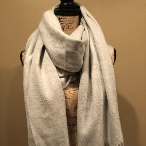 New Peter Millar Gray Blanket Scarf 100% Cashmere
